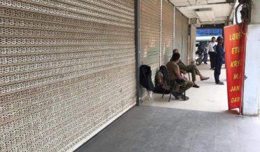 پاکستان، ہڑتال، دکانوں کے شٹرڈائون