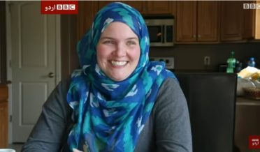 باحجاب امریکی عیسائی خاتون